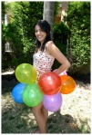 Balloon skirt from the side